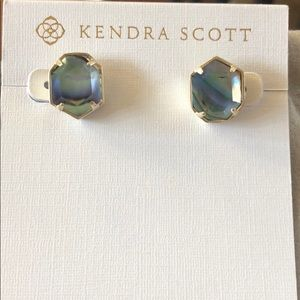 Kendra Scott Taylor Gold Stud Earrings in Abalone